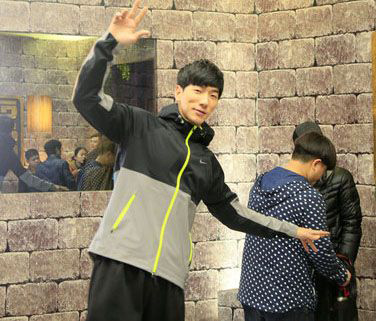 记者回顾张亮拒受访耍大牌 呼吁换个经纪团队资讯生活